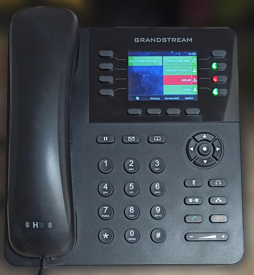 Telefón Grandstream GXP2135 s BLF tlačidlami
