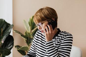 Volania na zelené číslo sú pre volajúceho bezplatné.