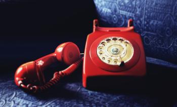Ako volať z mobilu na pevnú linku?